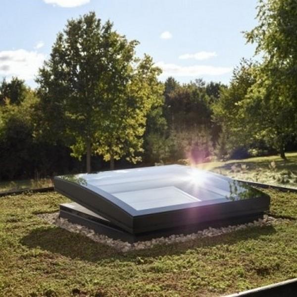 Installation de fenêtres pour toit plat VELUX ou ISBA